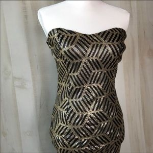 Strapless Dress with Striped Geometric Cubes Size7